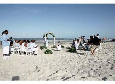 Jacksonville Beach Weddings On Monique And Tony Wedding Blue White